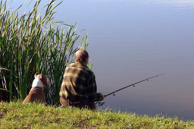 Рыбалка с собакой в Украине